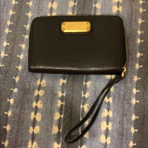 Marc by Marc Jacobs black pebbled leather wristlet